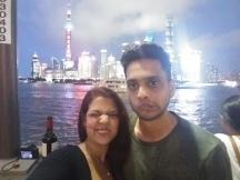 Selfie Master Shardale with Enslin at The Bund Shanghai